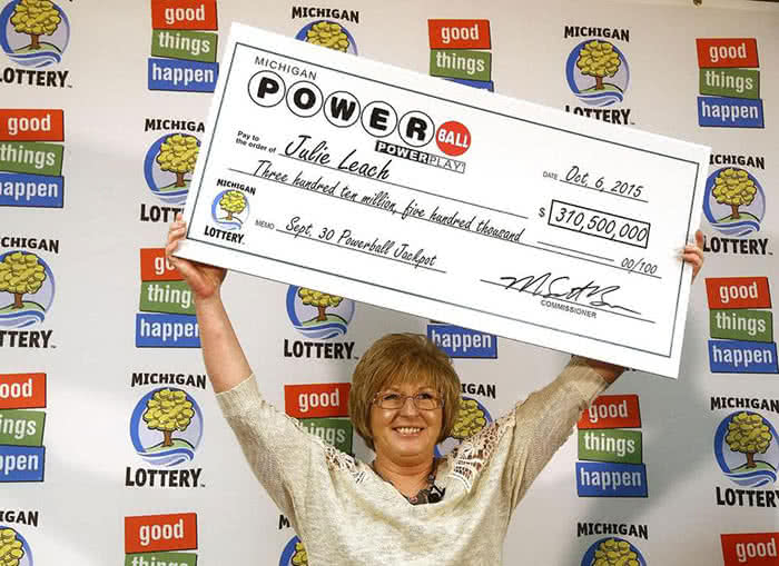 Julie Leach Powerball lottery winner
